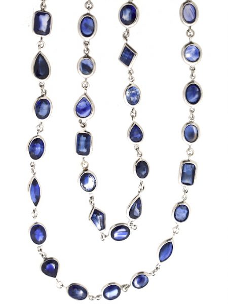 """sautoir"" long white gold chain with sapphires</br>109cm"
