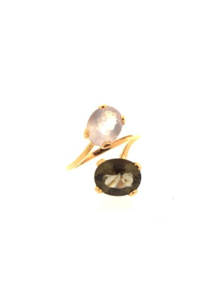 contrarie ring with quartz</br>53