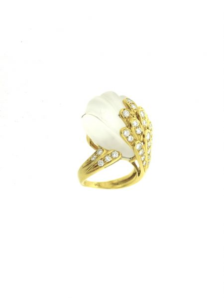 Very rare shell shape Rock crystal ring with diamonds</br>52
