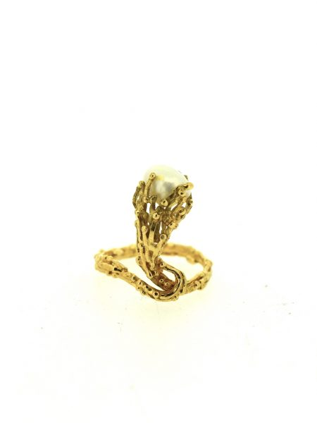 Francine Premet Yellow gold ring with pearl</br>49