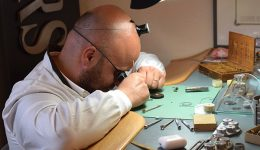 watch repair service laboratory